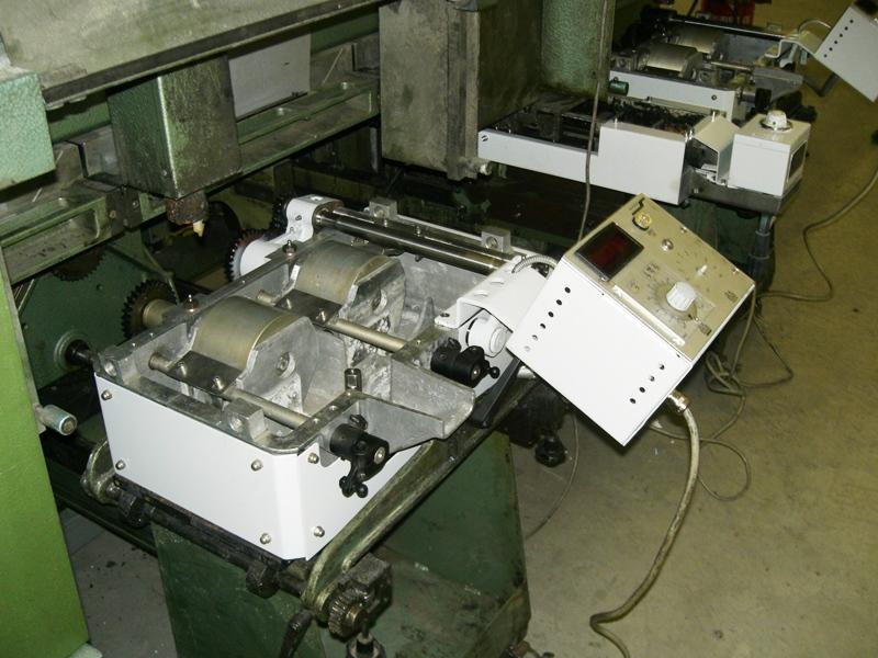 Müller Martini Normbinder-Leimwerk wieder eingebaut